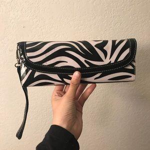 ⭐️MAKE OFFERS! Zebra shiny wallet